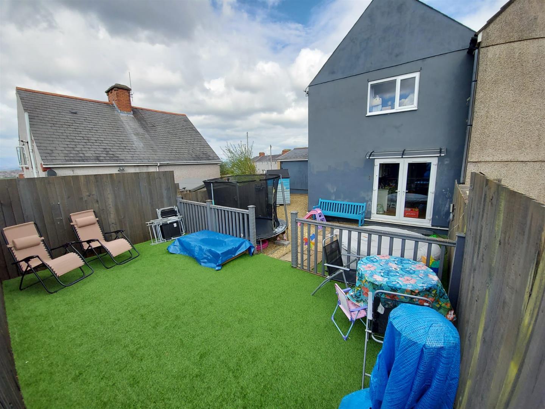 Elwy Crescent, Cockett, Swansea, SA2 0XB